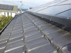 ソーラーパネルの隙間の封鎖